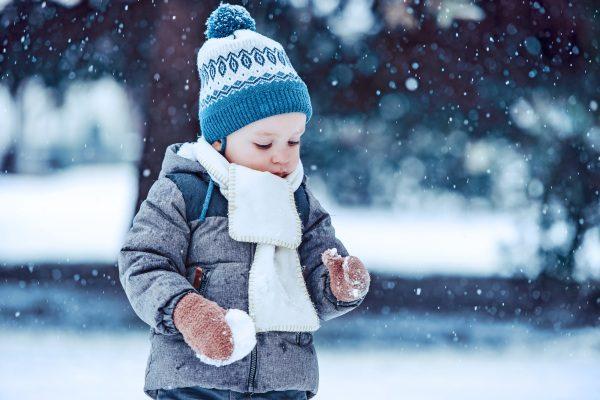 DIeťa v zime