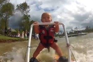 ryder, 7 mesačný vodný lyžiar