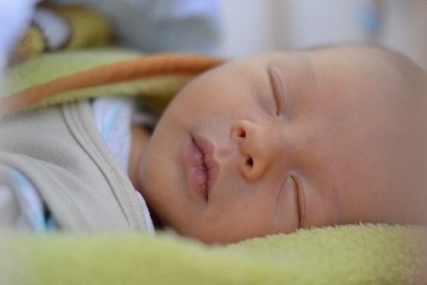Co sleeping, spoločný spanok a spánok detí